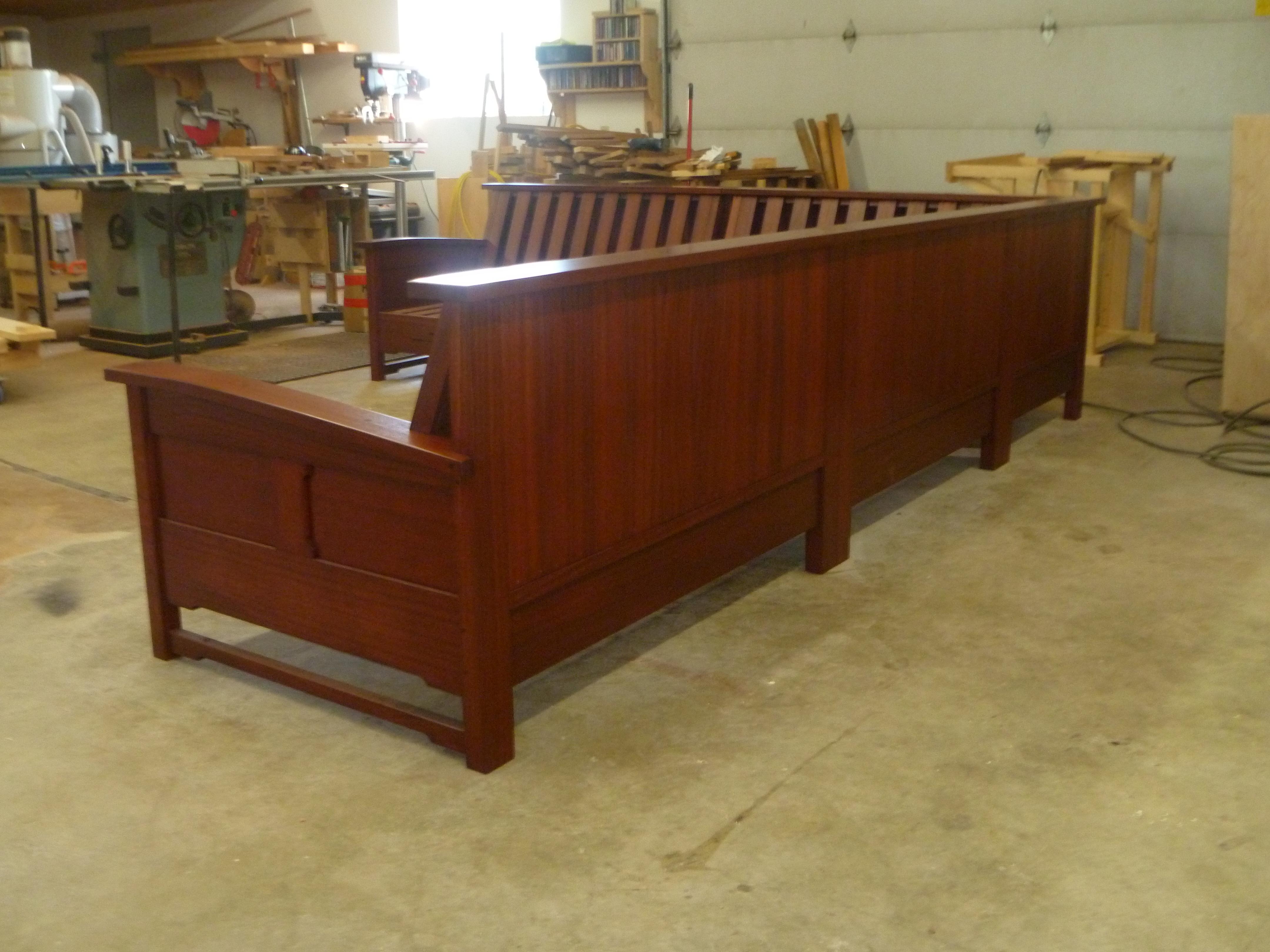 Greene greene sofa sectional selkirk craftsman for Greene and greene inspired furniture